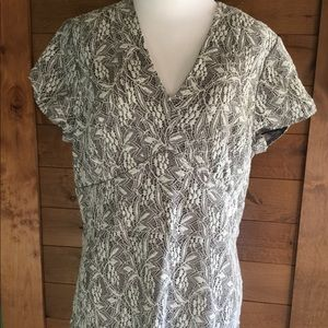 Banana Republic Lace Grey Structured V Neck, Sz 14